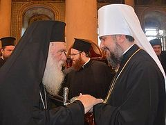Greek Church publishes report on decision on Ukraine—believes autocephaly of OCU will strengthen relations btwn Russian and Ukrainian Churches