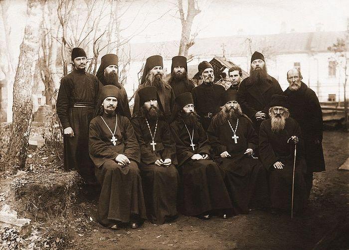 Братия Покровского монастыря. 1928 год
