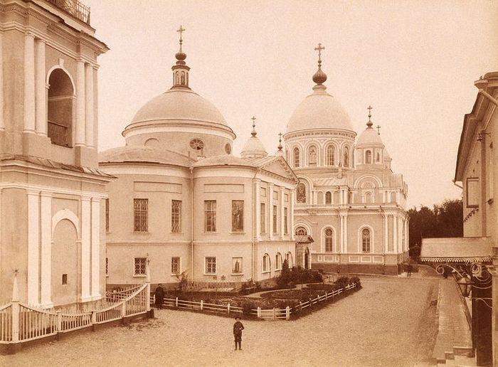 Покровский монастырь до революции