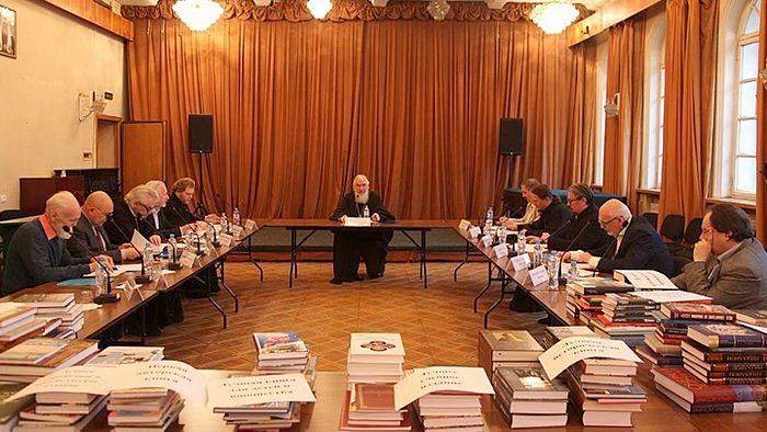 Работа Конкурсной комиссии. Фото предоставлено Издательским советом Русской Православной Церкви