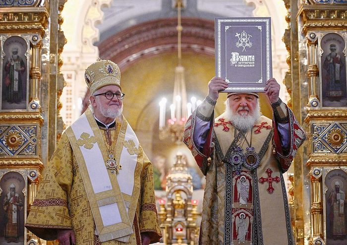 Metropolitan John (Renneto) of Dubna and Patriarch Kirill of Moscow and All Russia at the official reunion Liturgy in the Christ the Savior Cathedral, Moscow, November 3, 2019.