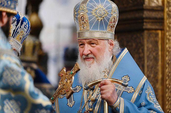 Святейший Патриарх Кирилл: Папизм опасен тем, что на одного человека повлиять гораздо легче, чем на группу людей