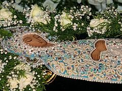 Τη νύχτα στον Τάφο της Παναγίας
