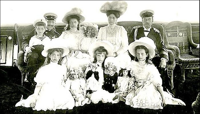 В «Коломенском» открывается выставка «Детский мир семьи императора Николая II»