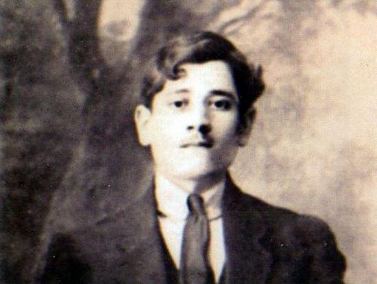 The future Geronda Joseph in his youth. Athens, 1920s. Photo: theodromia.blogspot.com