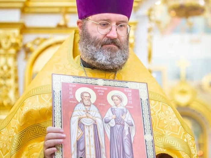 Священник Эдуард Хендерсон. Фото: Facebook