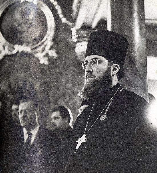 Священник Алексий Остапов