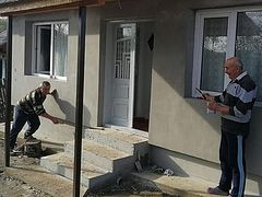 Romanian monastery and parishes building houses for needy families