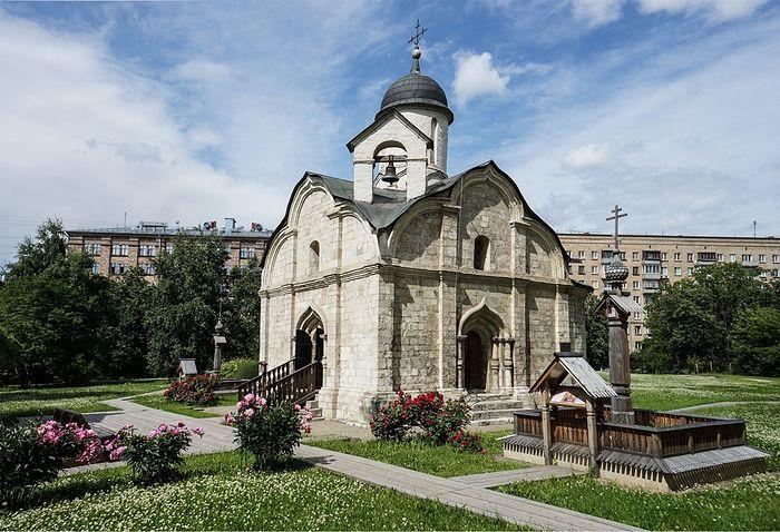 Храм мученика Трифона в Напрудном передан Церкви