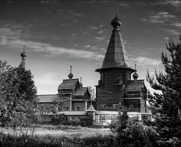 В Москве открылась фотовыставка, посвященная деревянным храмам Кенозерья