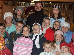 Guardian of the Family. Fr. Daniel Sysoev Through the Eyes of His Wife