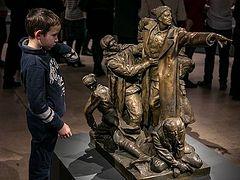 Выставкой «Память поколений: Великая Отечественная война в изобразительном искусстве» заинтересовались по всей России