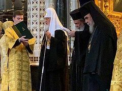 Patriarchs of Jerusalem and Moscow concelebrate on feast of Archangels (+ VIDEO)