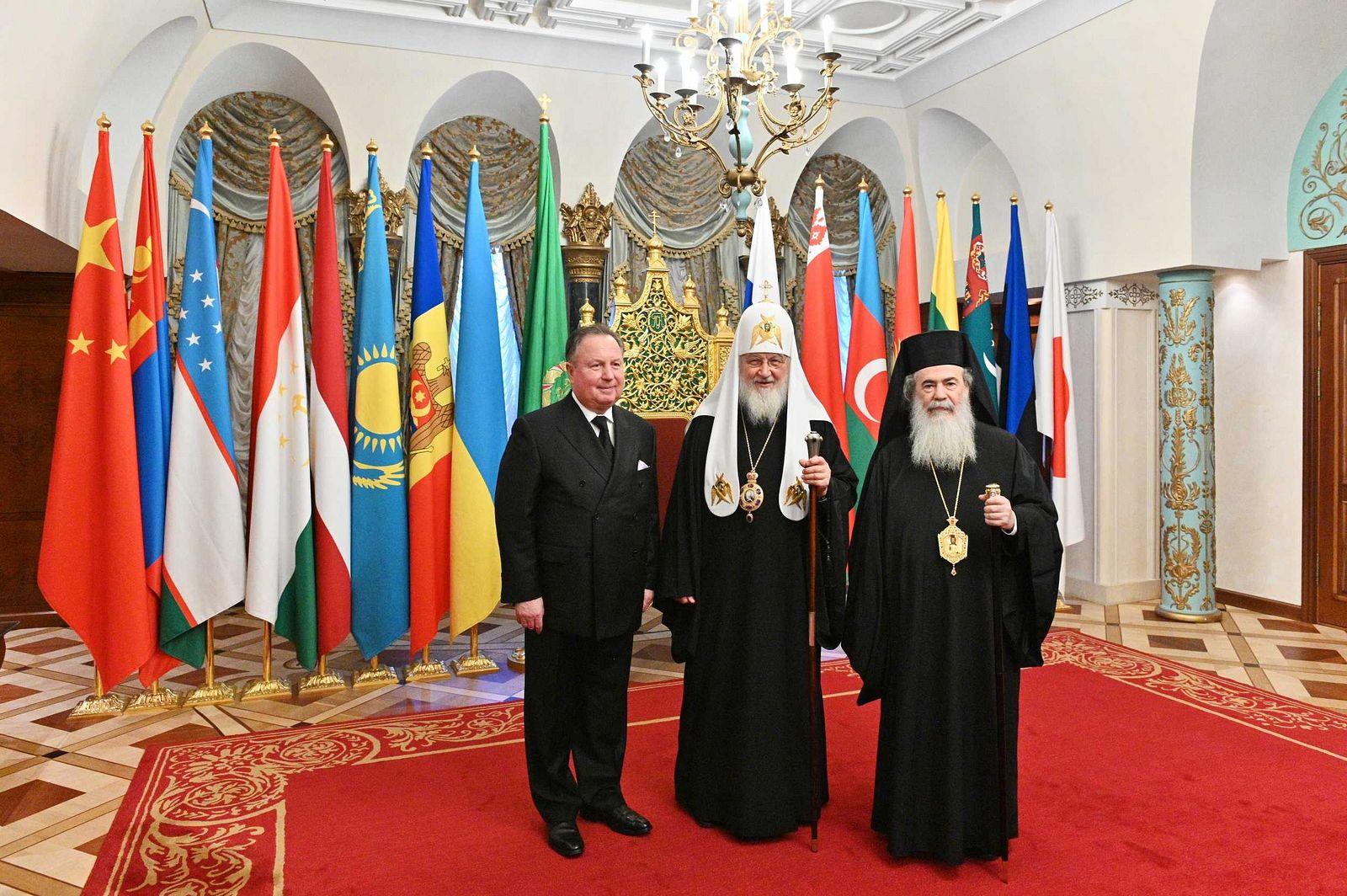 Иерусалимский Патриарх призвал Предстоятелей Поместных Церквей встретиться и обсудить единство Православия