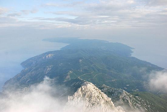 Άποψη του Αγίου Όρους από την κορυφή του Άθω. Φώτο: À. Ποσπέλοφ / Pravoslavie.Ru