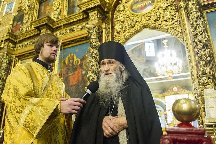 Псковскую епархию посетил духовник братии Оптиной пустыни схиархимандрит Илий (Ноздрин)