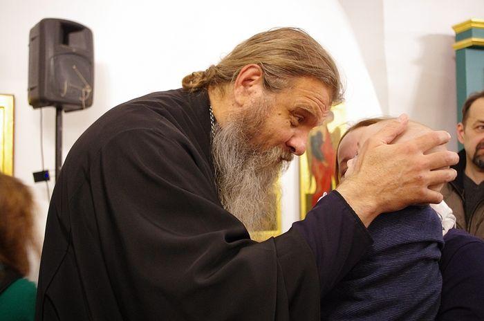 Отец Сергий Баранов. На встрече в Новоспасском. Фото Ольги Орловой