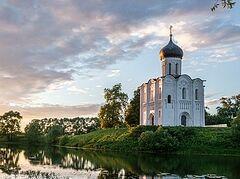 Η Εκκλησία της Αγίας Σκέπης της Θεοτόκου στον ποταμό Νερλ
