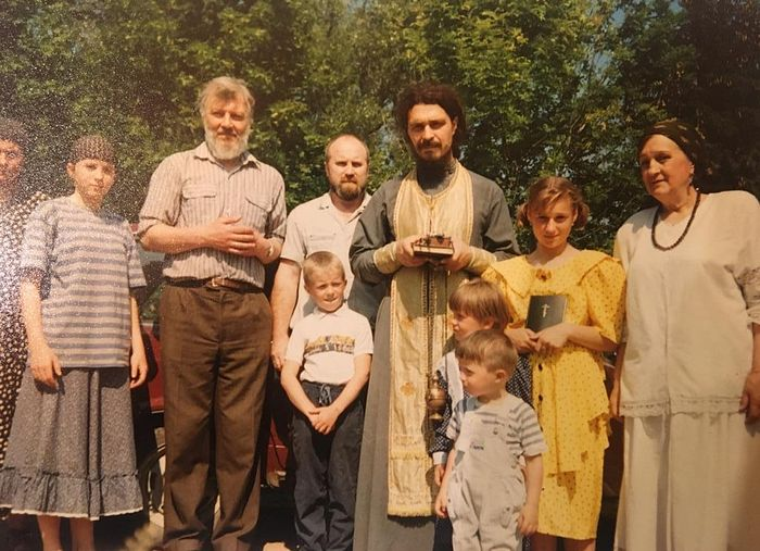 Первая панихида на кладбище села Спас Коркодино. 1991 г.