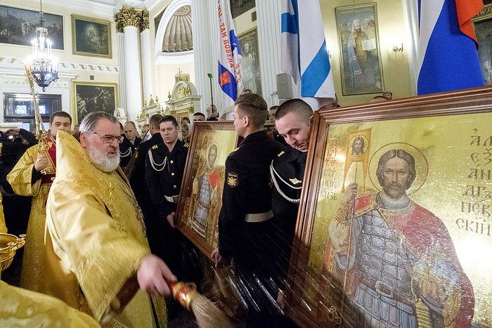 В Александро-Невской лавре состоялось освящение главных икон морской пехоты ВМФ России