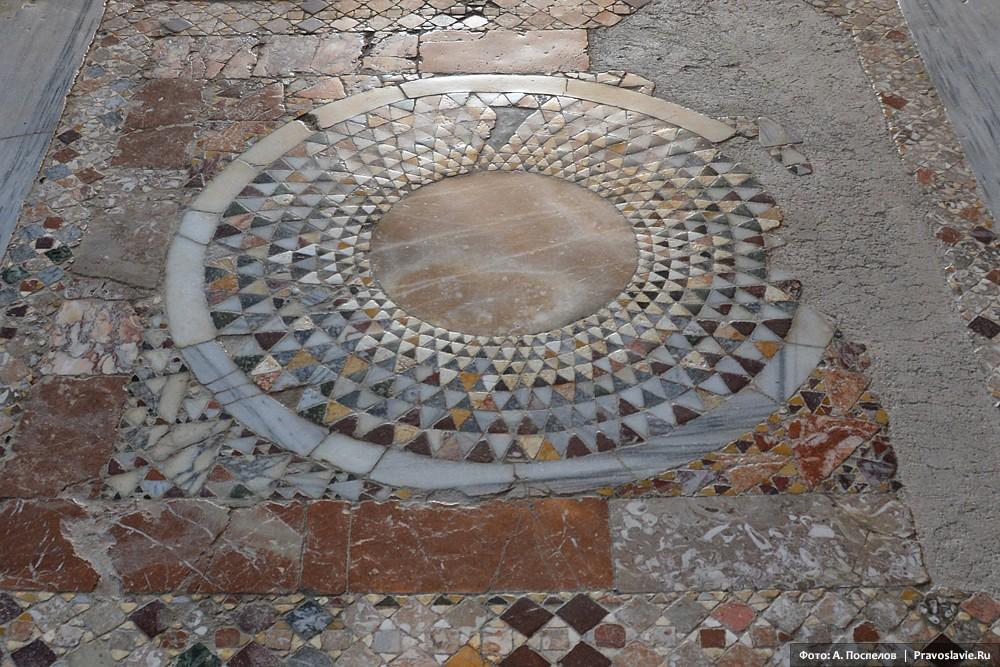 Узор мозаичного пола