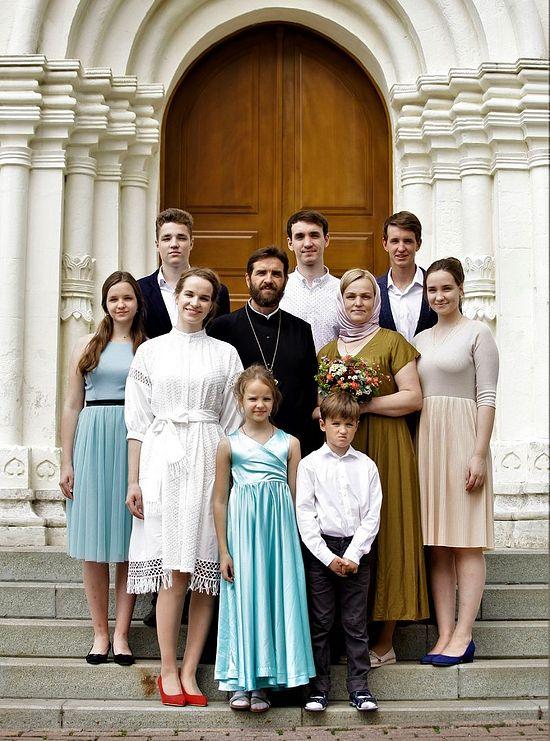 Семья Зубрий