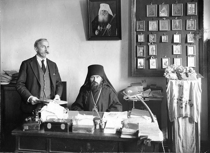 Архиепископ Шанхайский Иоанн (Максимович)