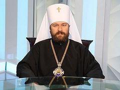 Мы сохраняем общение со всеми архиереями и священнослужителями, которые не признают и не признают «легитимизированных» Константинополем раскольников