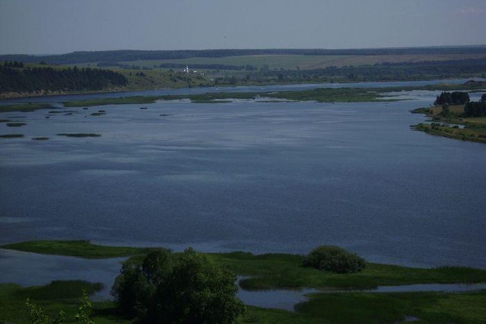 На другом берегу Чусовой - Казанская Трифонова пустынь