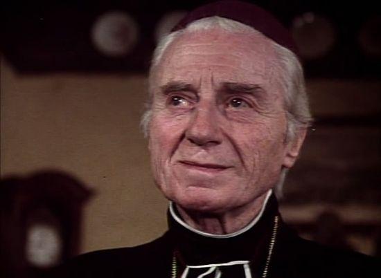 «Отверженные» - 1978. Монсеньор Мириэль, епископ Диньский (Клод Дофен)