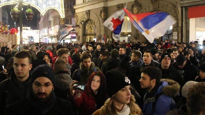 В Белграде проходят акции протеста против действий властей Черногории