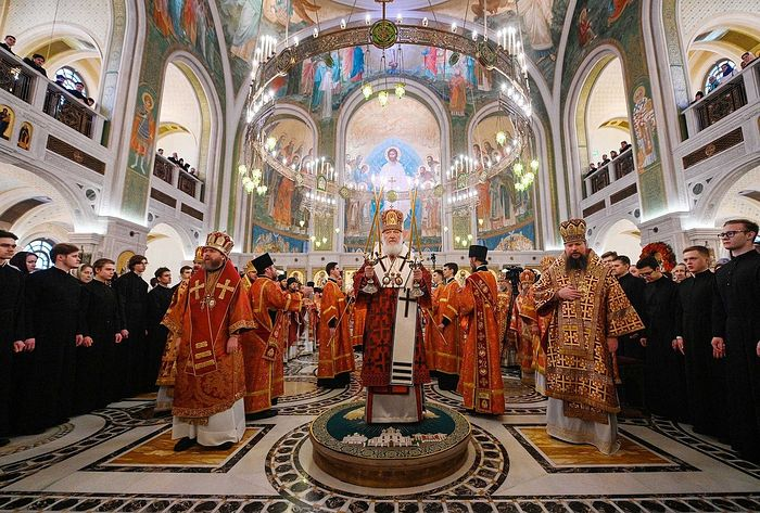 В день памяти священномученика Илариона Святейший Патриарх Кирилл совершил Литургию в Сретенском монастыре в Москве