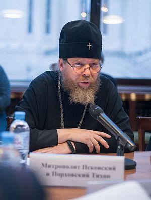 Митрополит Псковский и Порховский Тихон (Шевкунов), сопредседатель Церковно-общественного совета по защите от алкогольной угрозы