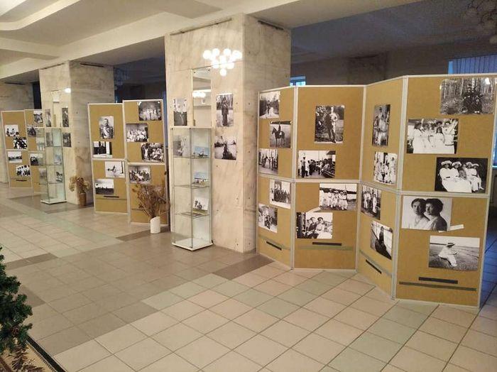 В Долгопрудном действует фотовыставка о Николае II и Царской семье