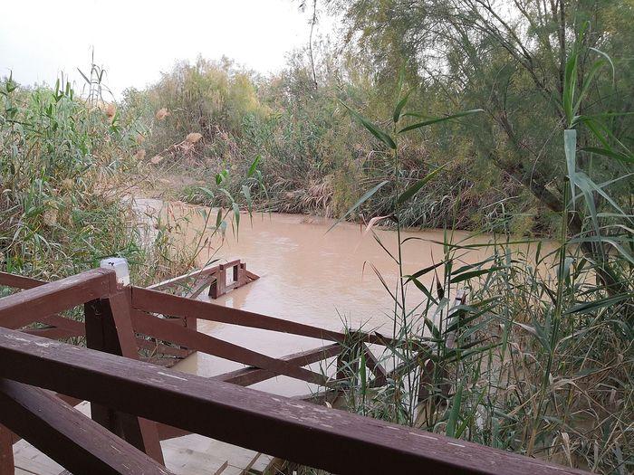 Река Иордан зимой 2019