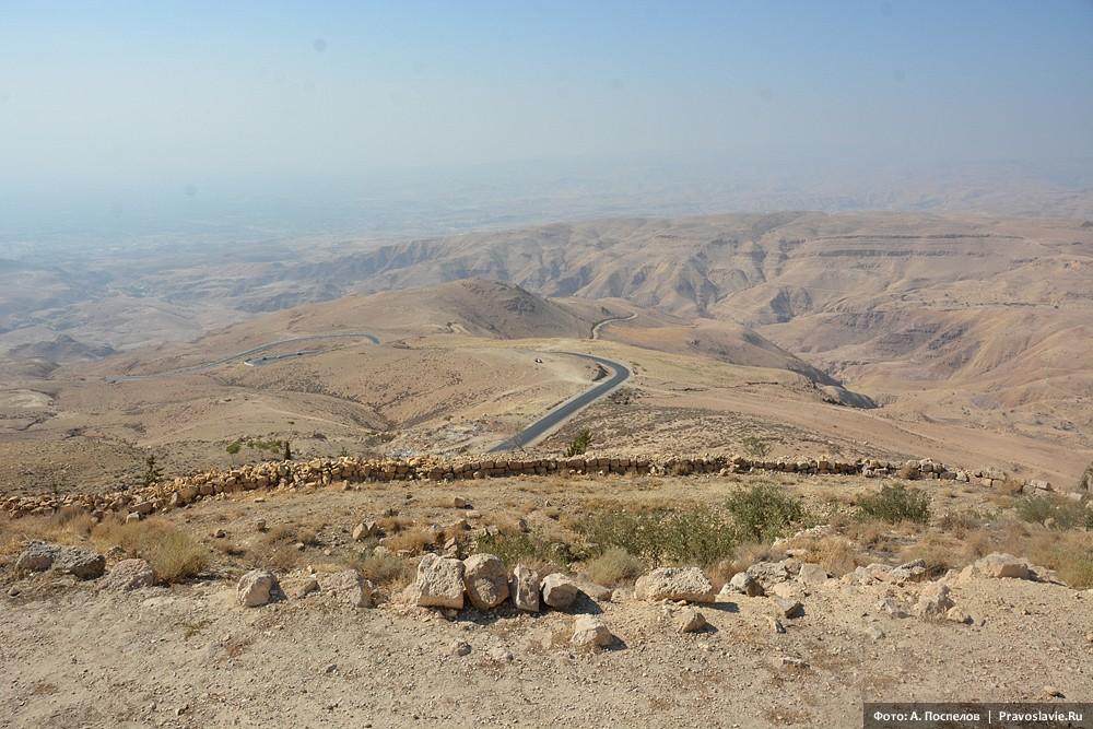 Вид с горы Нево в сторону Земли обетованной