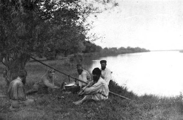 На дельте Волги. 1880-е