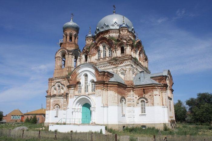 Церковь Покрова с Пришиб