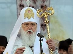 """Schismatic Synod retires """"Patriarch"""" Philaret, forbids him to ordain, continues to consider him member of their group"""