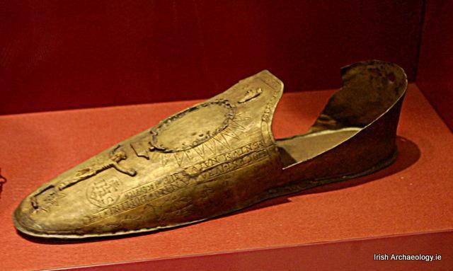 Реликварий, в котором некогда хранилась туфля прп. Бригиты, Национальный музей Дублина (взято с Pinterest.ca)