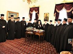 Jerusalem delegation visits Patriarch Bartholomew, who again refuses to meet with his brother bishops in Jordan