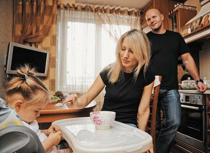Фјодор Јемељаненко с породицом