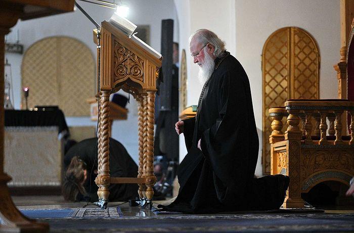 Во вторник первой седмицы Великого поста Святейший Патриарх Кирилл молился за уставным богослужением в Зачатьевском ставропигиальном монастыре