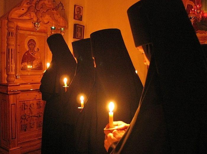 Μεγάλη Τεσσαρακοστή στο μοναστήρι τής Γεννήσεως τής Παναγίας στο Ζβέρκι τής Πολωνίας. Φωτογραφία: Γιαροσλάβ Χάρκεβιτς