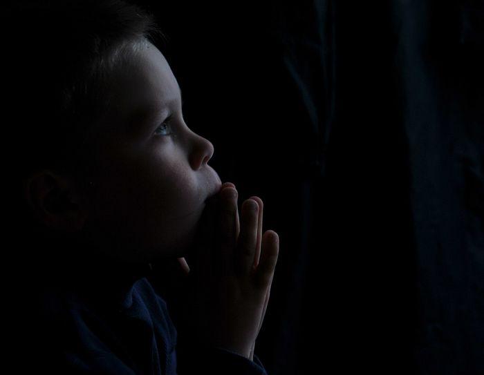 Πρώτη προσευχή. Φωτογραφία: Εκατερίνα Βαλέισκαγια