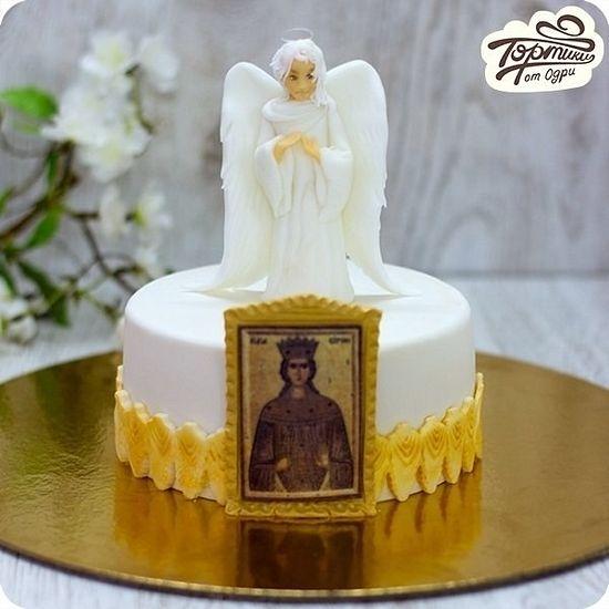 «Торт на крещение – Ангел». Возможно, съедобен не только ангел, но и икона святой, в честь которой, вероятно, крещен младенец