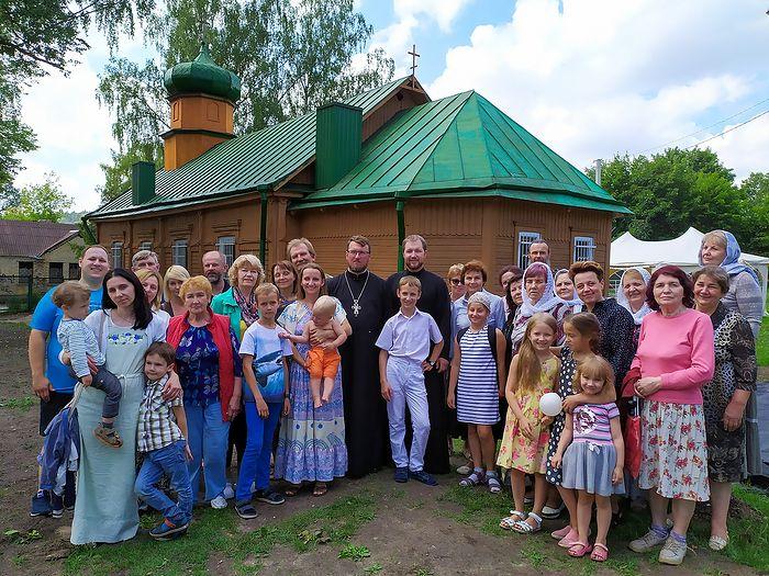Церковь Первоверховных Апостолов Святых Петра и Павла в Новой Вильне