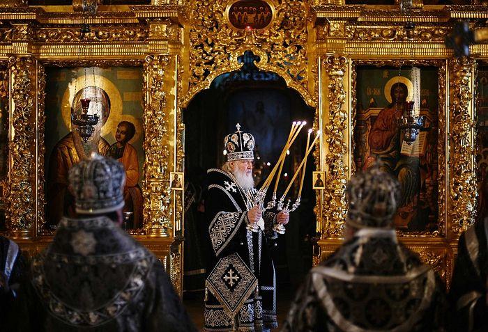В пятницу первой седмицы Великого поста Святейший Патриарх Кирилл совершил Литургию Преждеосвященных Даров в Троице-Сергиевой лавре