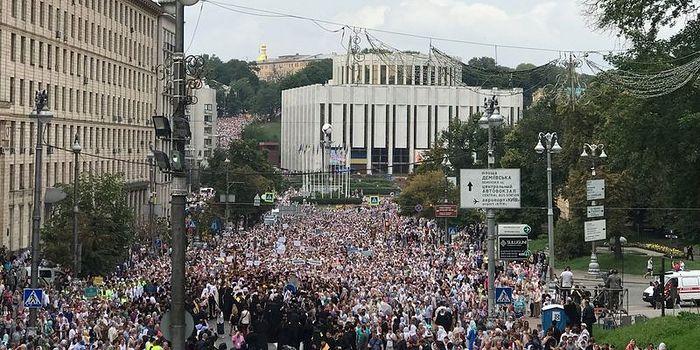 Πανηγυρικές εκδηλώσεις του Αγίου Βλαδίμηρου αφιερωμένες στην 1030ετία της Βάπτισης της Ρωσίας – Λιτανεία στο Κίεβο στις 27 Ιουλίου του 2018