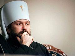 O μητροπολίτης Bοκολάμσκ Iλαρίωνας: Η Ρωσικά Εκκλησία δεν εξετάζει το ενδεχόμενο ακυρώσεως των Ιερών ακολουθιών εξαιτίας της επιδημίας